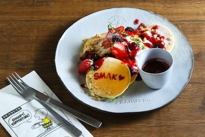 SMAK! のパンケーキ リコッタチーズクリーム添え