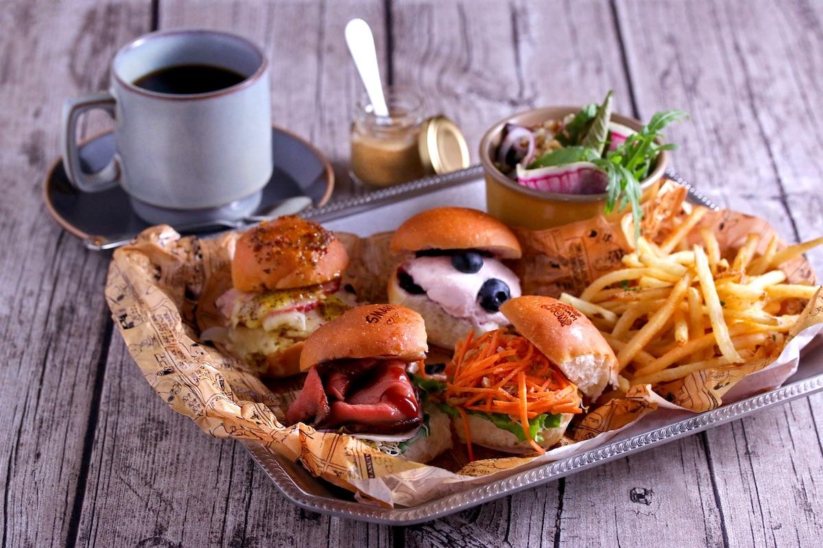 「ザ・グースエッグス」スライダー/PEANUTS Cafe