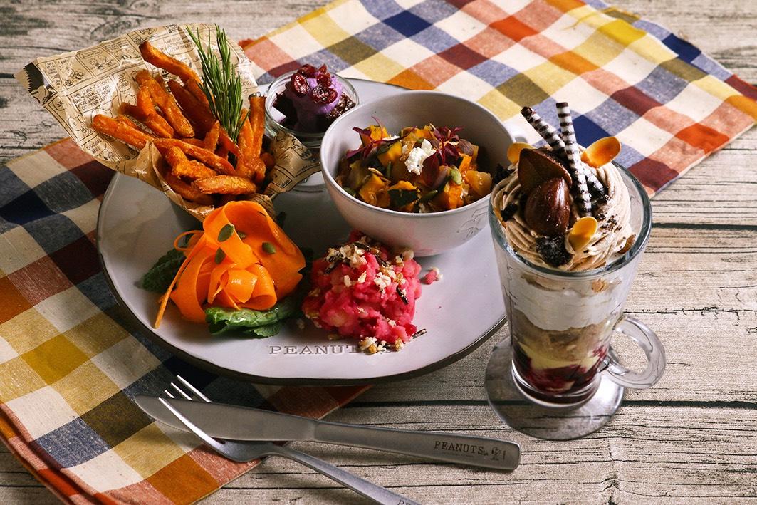 「PEANUTS Cafe 中目黒」で、9月4日(水)より季節のプレート&パフェが秋メニューになって新登場!