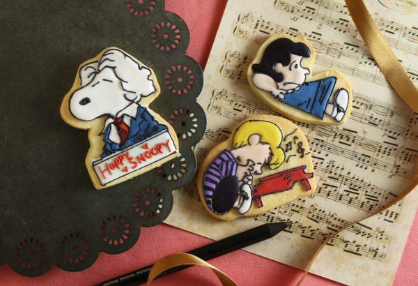 スヌーピーとシュローダー&ルーシーのアイシングクッキー