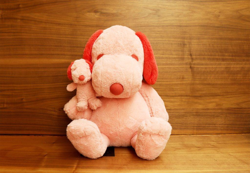 PEANUTS HOTELより、昨年大人気だったピンクのぬいぐるみが今年もかえってきた !