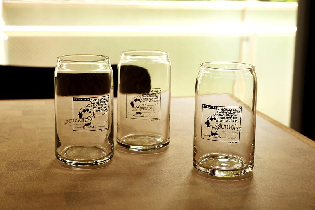 数量限定!中目黒「PEANUTS Cafe」のオリジナルグッズに、ジョー・クールのコミックがプリントされたカフェグラスが、8月10日に販売開始!