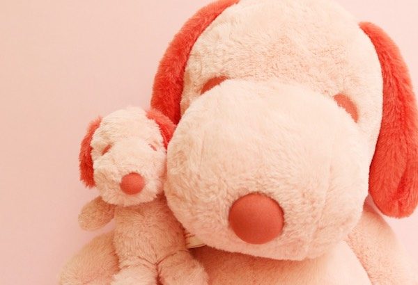 PEANUTS HOTELより、昨年大人気だったピンクのぬいぐるみが今年もかえってきた!